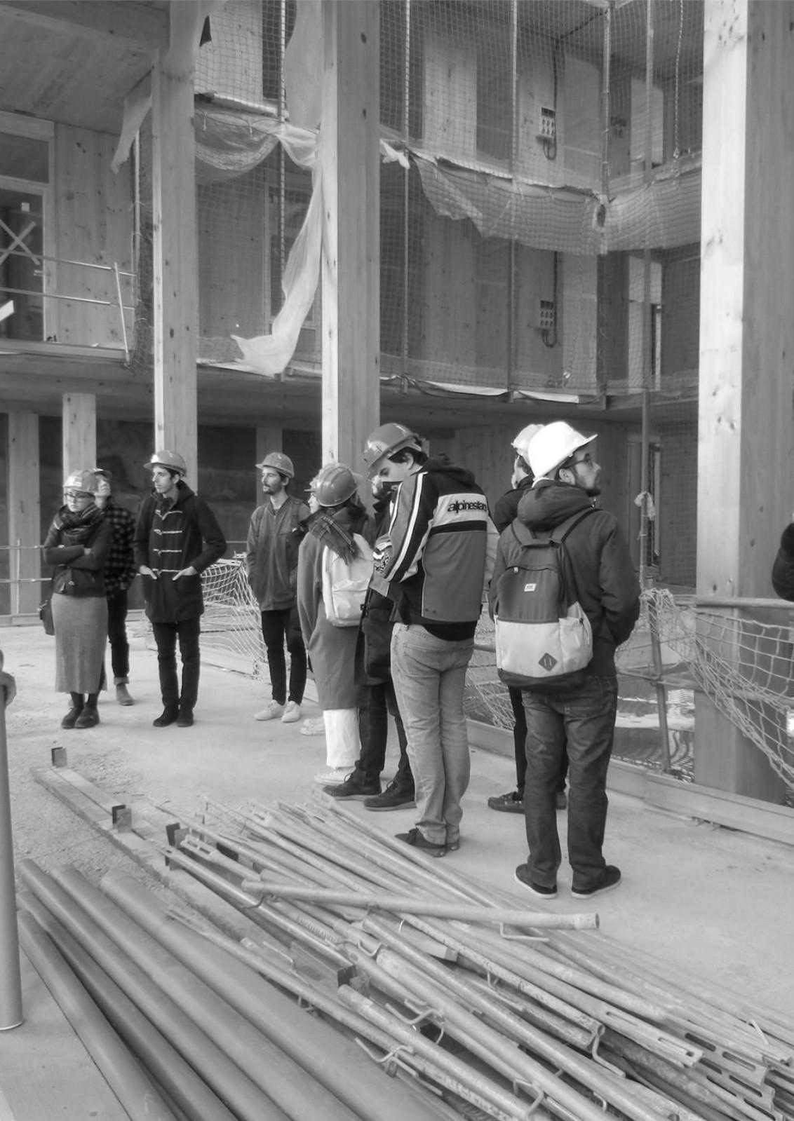Teoria y proyectos de edificacion y urbanismo.jpg